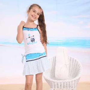 中国十大童装品牌-哈利玻特熊