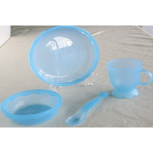 塑料PP儿童餐具-透明蓝