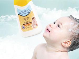 蓓氏芦荟洗发露,让婴儿拥有健康头部皮肤和自然柔顺的头发