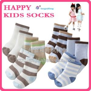 外贸原单 高档毛圈儿童袜礼盒 儿童袜子工厂