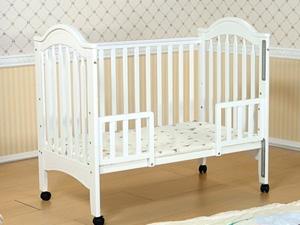 爱斯博儿婴儿床 给宝宝安稳的觉